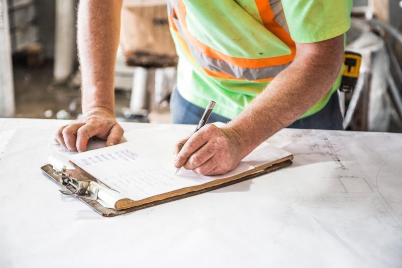 Garantieeinbehalt mit Handwerker vereinbaren